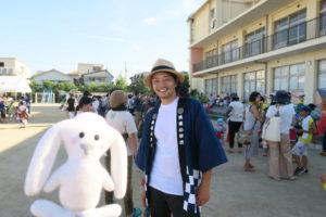 イケメンのPTA会長とまちキョンのツーショット写真